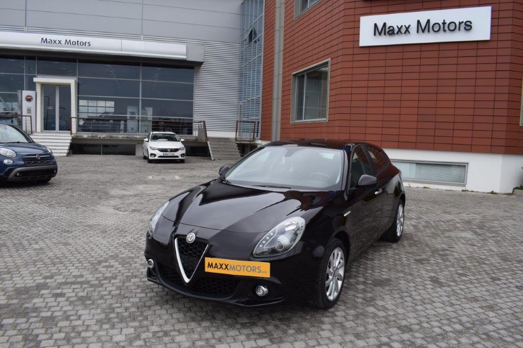 Alfa Romeo Giuliettta full