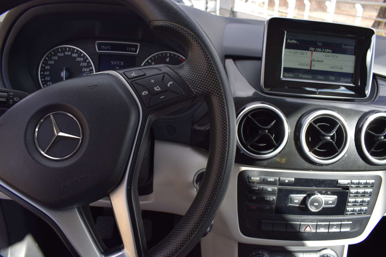 Mercedes-Benz B200 CDI full