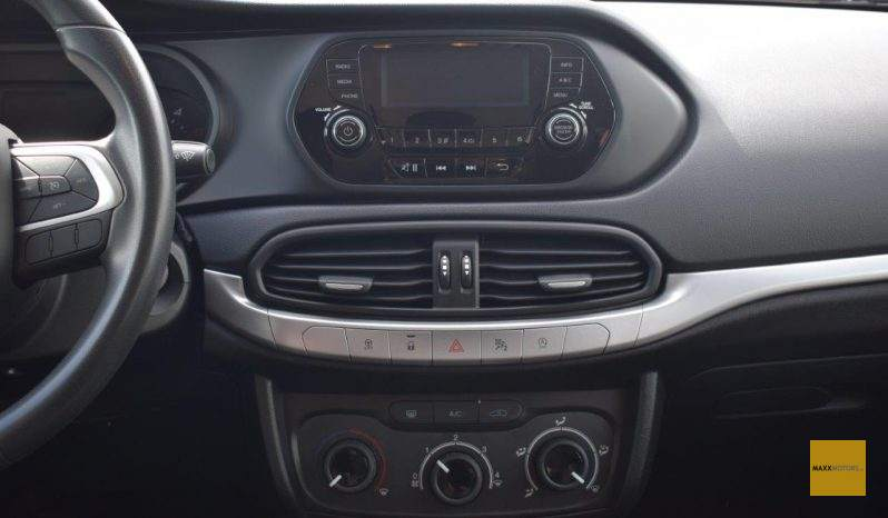 Fiat Tipo 1.3 Easy 95PS full