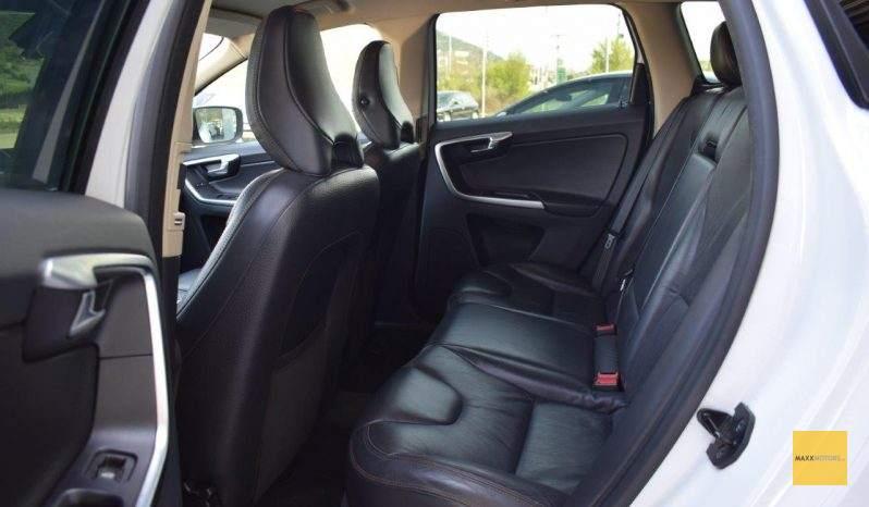 Volvo Xc60 D5 AWD Momentum 205PS full