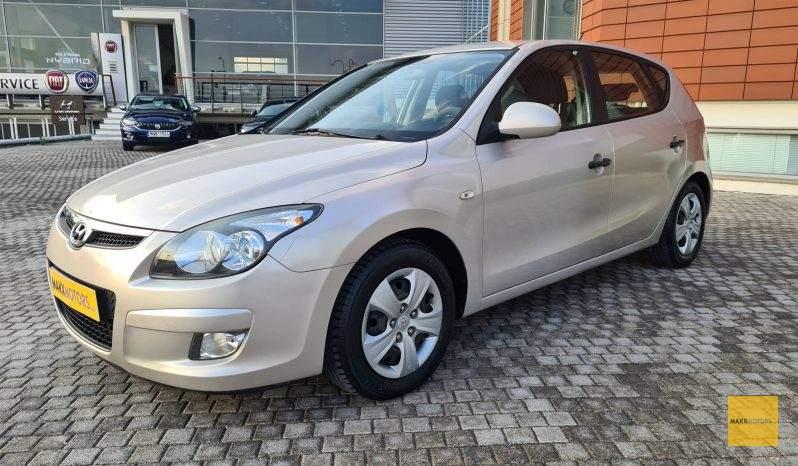 Hyundai i30 1.4 Fresh 100ps full